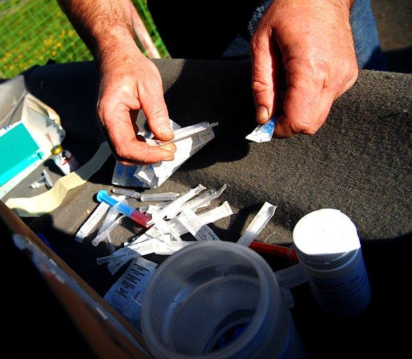 Služeb K-centra využívají lidé, ktří mají drogový problém.