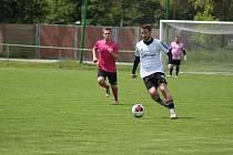 Z fotbalového utkání turnaje Šátek Labe cup Milovice - Lysá n. L.