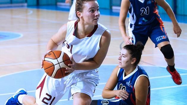 Ze zápasů basketbalových týmů Nymburka