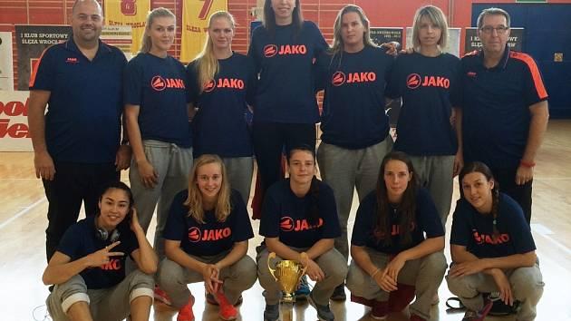 Košíkářky Nymburka na turnaji v Polsku