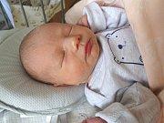 MATĚJ JUŘEN se narodil 24. února 2018 v 16.45 hodin s délkou 47 cm a váhou 3 070 g. Z prvorozeného se radují rodiče David a Kristýna z Liblice u Českého Brodu, kteří si chlapečka přáli.