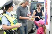 Při dopravní akci asistovaly děti z Kostelní Lhoty
