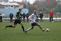 Z divizního fotbalového utkání Polaban Nymburk - Kladno (2:1)