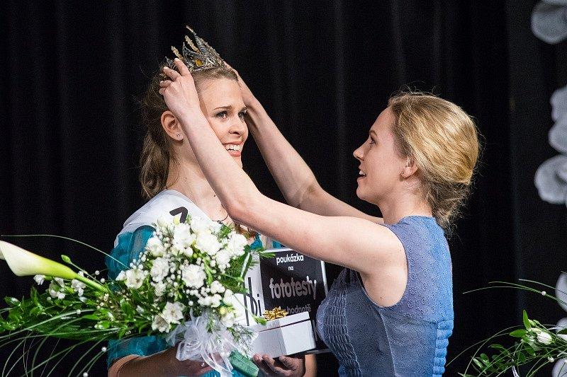 Miss Polabí 2015 v poděbradském divadle