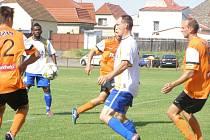Z přípravného fotbalového utkání Libice - Litol (0:2)