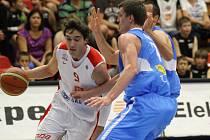 Z prvního finálového utkání basketbalové Mattoni NBL Nymburk - Prostějov (75:61)
