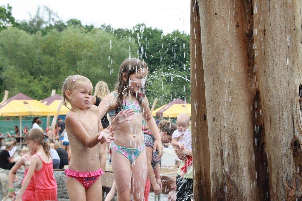 Milovický zábavní park Mirakulum v sobotu 25. července otevřel oficiálně nový vodní svět.