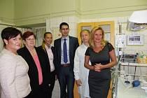 Nadační fond Venduly Svobodové už daroval nymburské nemocnici přístroje za půl milionu