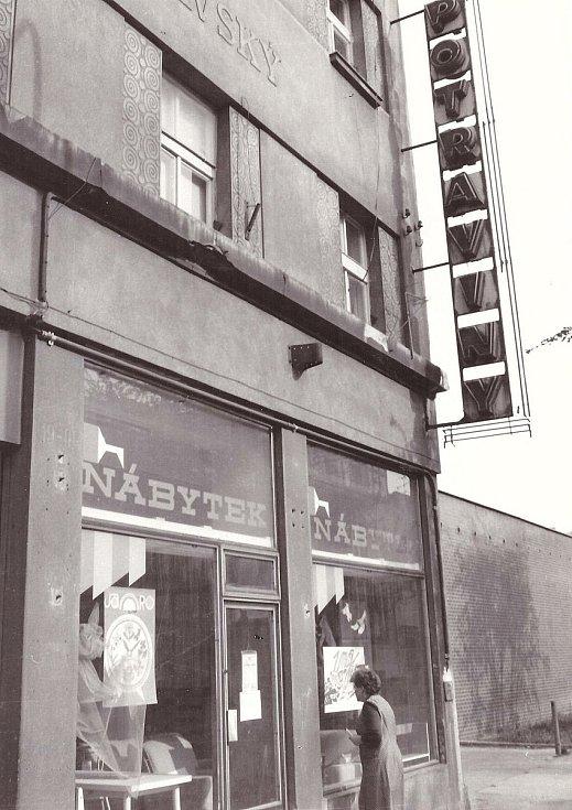 Pamatujete? Rok 1988 ve Fügnerově ulici.