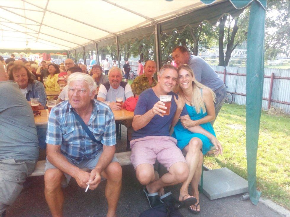 Na Dočesné v pivovaru panovala družná atmosféra.