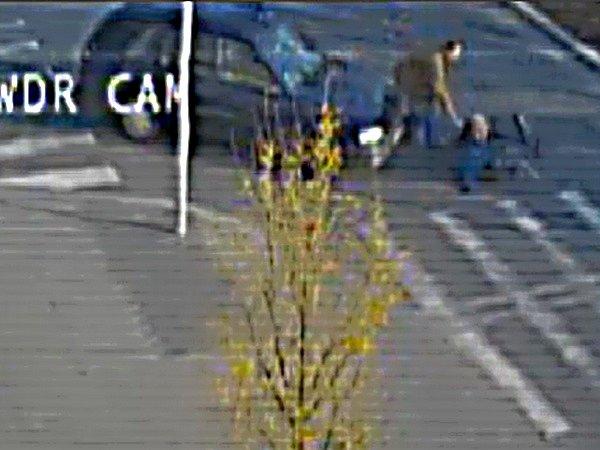 Policie žádá veřejnost o pomoc při hledání řidiče, který ujel od nehody bez udání kontaktu.