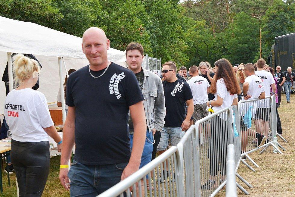 Ze 6. ročníku hudebního festivalu Rock of Sadská.