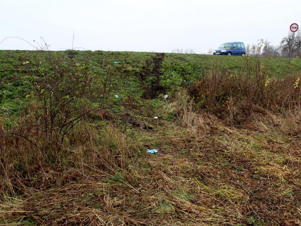 Místo, kde v noci došlo k tragické nehodě.