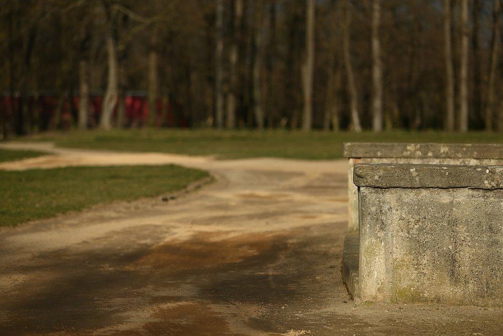 Poznáte zámek ve Středočeském kraji?