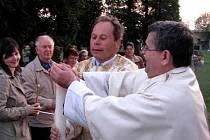 V kostele v Hrubém Jesníku se v sobotu večer  konala velikonoční bohoslužba.