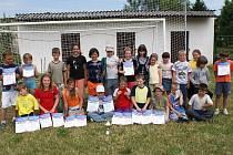 Děti z několika základních škol z okresu Nymburk a Kolín bojovaly na Atletické olympiádě, kterou vyhráli mladí sportovci Základní školy z Hořátve
