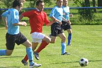 Z fotbalového utkání okresního přeboru Krchleby - Rožďalovice B (4:2)