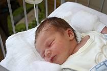 ONDŘEJ ČIBERA se narodil 15. února 2017 v 1.58 hodin. První miminko rodičů Moniky a Jana z Nymburka vážilo 4 020 g a měřilo 51 cm. Že to bude klouček, se vědělo předem.