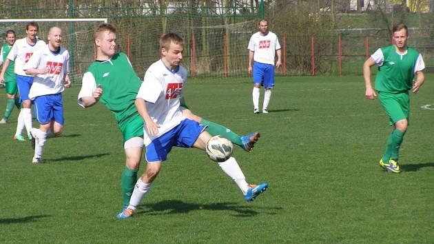 Z fotbalového utkání krajského přeboru Polaban Nymburk - Benátky n. J. (0:2)