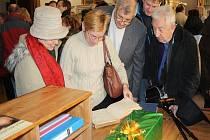 V sobotu otevřela výstava Co vyprávěl hotelový sál v Lysé nad Labem