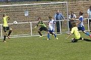 Mladí fotbalisté zápolili na stadionu poděbradské Bohemie.