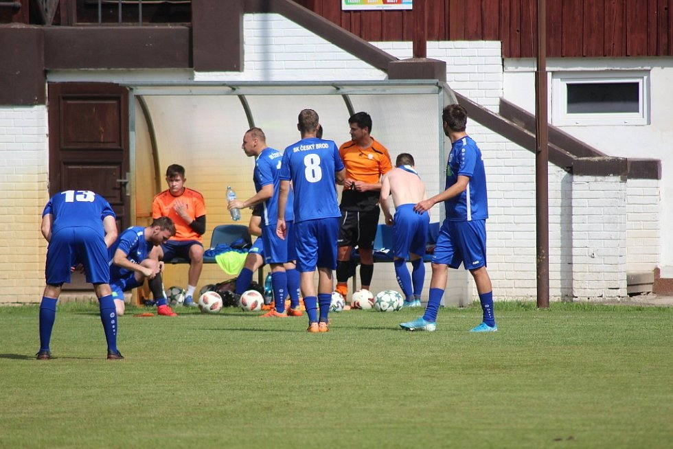 Z přípravného fotbalového utkání Slovan Poděbrady - Český Brod B (1:4)
