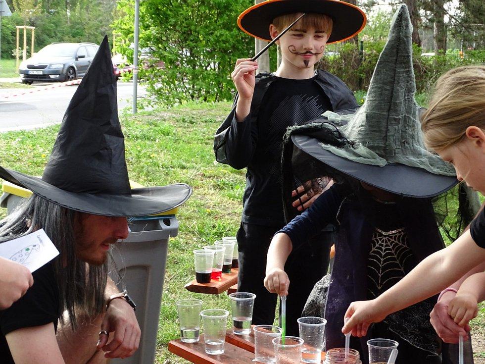 Velký čarodějnický slet hostil Dům dětí a mládeže Symfonie v Poděbradech.