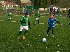 FOTBALOVÝ POTĚR Polabanu Nymburk vyhrál turnaj Okresního fotbalového svazu, který se konal v Poděbradech