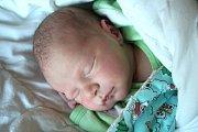 JAN JELÍNEK se narodil 13. listopadu 2018 v 8.15 hodin s délkou 50cm a váhou 3 340g. Rodiče Pavla a Josef z Kovanic se na chlapečka předem těšili. Doma na něj čeká brácha Pepa.