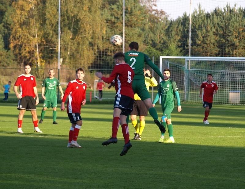 Z fotbalového utkání I.B třídy Semice - Ostrá (1:3)