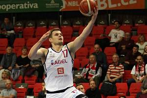 Basketbalista Jaromír Bohačík prodloužil v Nymburce