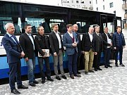 Deník-bus zavezl deset lídrů středočeských kandidátek politických stran do Hospůdky U Krbu ve Všetatech.