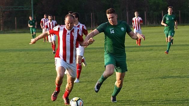 Z fotbalového utkání ČFL Polaban Nymburk - Jirny (0:2)