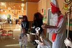 Ještě na začátku prosince si děti v Mateřské škole Růženka v Nymburce užívaly mikulášskou nadílku. O měsíc později ale musely kvůli havárii kotle zůstat dva dny doma.