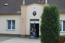 Budova radnice v Milovicích.