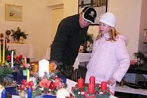 Vánoční výstava z rukou matky a dcery v Sokolči zahájila Advent.