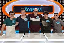 Televizní hvězdy z Kněžic. Zleva jsou Václav Šorm, Tomáš Živnůstka, Oldřich Donát, Radek Sedláček a Pavel Šorm