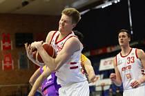 Z basketbalového utkání play off Kooperativa NBL Nymburk - Ústí nad Labem (99:61)