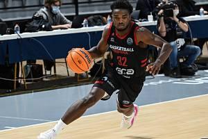 Nymburský basketbalista Retin Obasohan