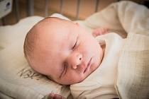 Tomáš Daněk, Kolín. Narodil se 29. června 2019 v14.41 hodin, vážil 3 930g a měřil 52 cm. Na chlapečka se těšili rodiče Lucie a Tomáš a bratr Matyáš (6 let).