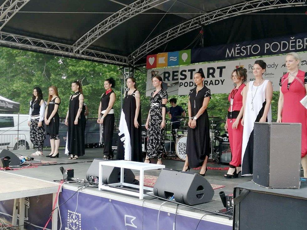 Z akce Restart!, která se konala v sobotu 12. června 2021 na lázeňské kolonádě.