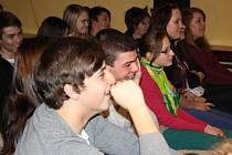 Hra Úlety aneb malá slohová cvičení v podání studentů GJP.