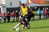 Z okresního fotbalového derby I.B třídy Libice nad Cidlinou - Slovan Poděbrady (2:3)