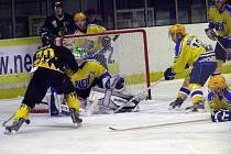 Hokejisté Nymburka porazili na svém ledě Sokolov 6:4