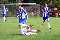 Fotbalisté Libice nestačili na Pečky.