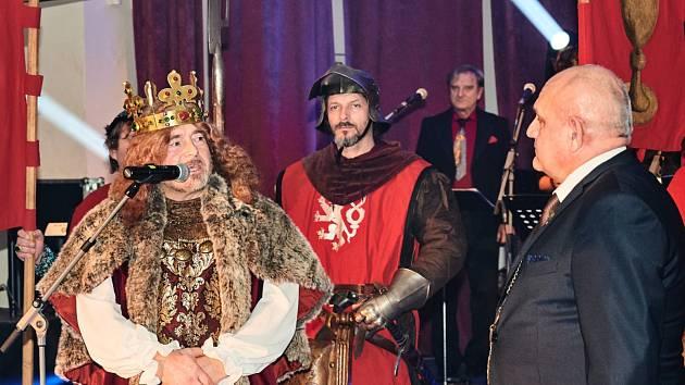 Uplynulý víkend se v kongresovém centru Lázeňská kolonáda uskutečnil Reprezentační ples města Poděbrady.