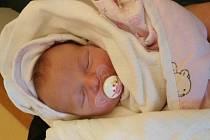 LAURA JE TU! Laura MAŠKOVÁ se narodila 7. února 2016 ve 12.03 hodin tatínkovi Adamovi a mamince Elišce. Holčička vážila 3 590 g, měřila 48 cm a bude bydlet v Nymburce.