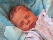 MICHAEL NOVÁK se narodil 7. ledna 2018 v 10.48 hodin s výškou 48 cm a váhou 2 630 g. Z prvorozeného se radují rodiče Michal a Dominika z Milovic.