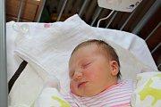 VIKI Z JIŘIC. VIKTORIE ŠNÝDROVÁ přišla na svět 30. května 2017 v 16.08 hodin. A nebyl to žádný drobeček, vždyť vážila 4 010 g a měřila 54 cm! Rodičům Kateřině a Jiřímu ji může každý jen závidět.