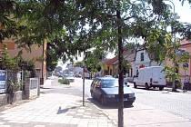 V této části Masarykovy ulice v lysé nad Labem začne rekonstrukce zřejmě v září.